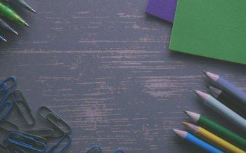 色鉛筆 ダーク