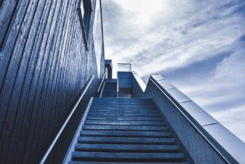 改悛の情の矛盾を描いた、やりきれない悲しい気持ちになる小説。~「13階段」高野和明